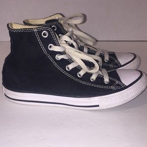 Converse Sneakers 2 youth
